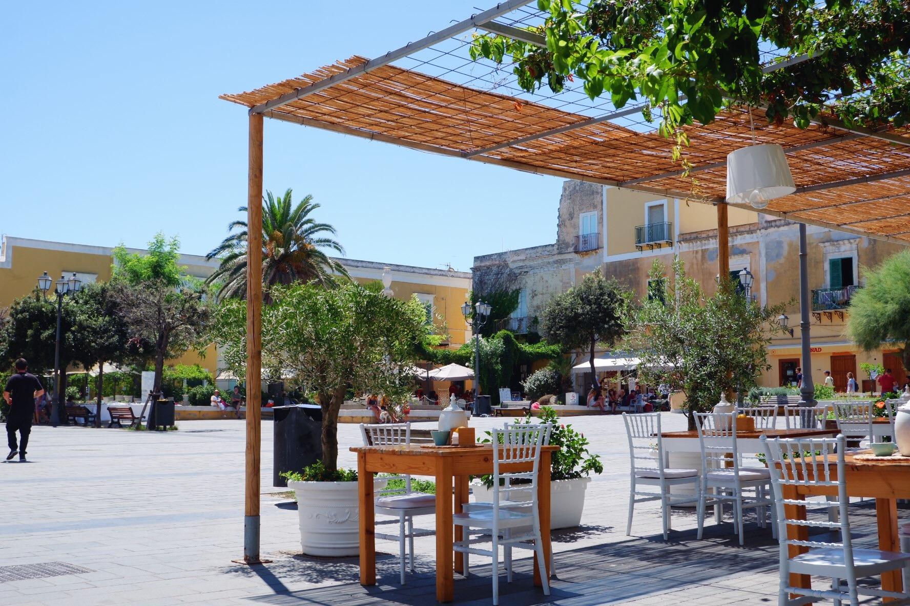 Ventotene main square